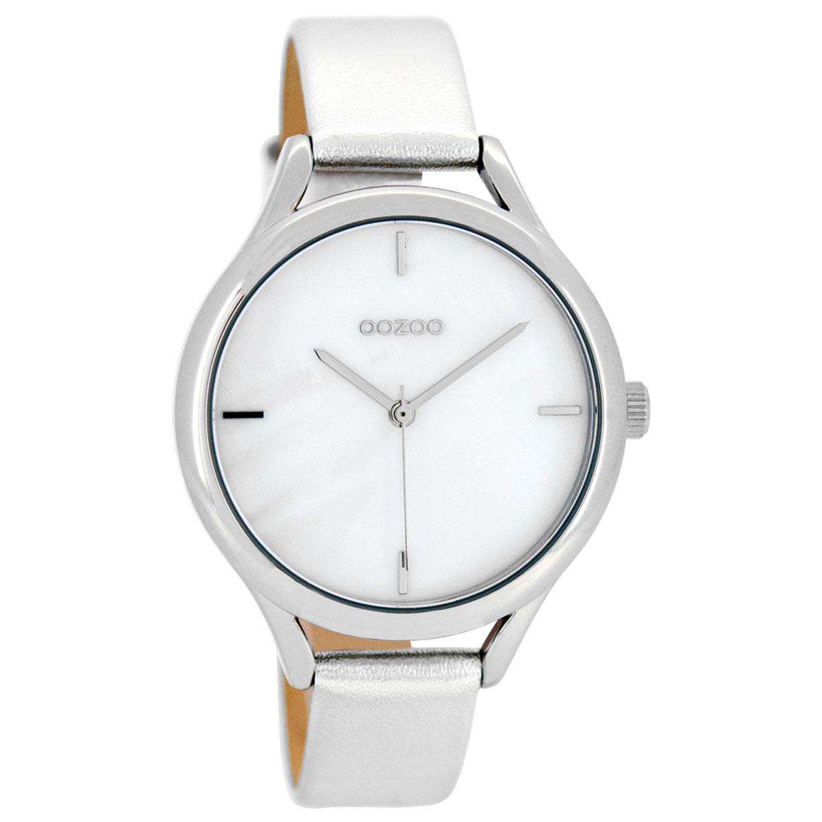 OOZOO Timepieces γυναικείο ρολόι με ασημί μεταλλική κάσα και ασημί  δερμάτινο λουράκι C8345 86eacd3135b