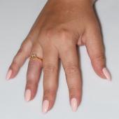 Χειροποίητο δαχτυλίδι μονόπετρο από επιχρυσωμένο ασήμι 925ο με ημιπολύτιμες πέτρες (ζιργκόν) IJ-010479-G φορεμένο στο χέρι
