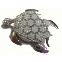 Oxette | Ασημένια καρφίτσα Oxette από επιπλατινωμένο ασήμι 925ο με ημιπολύτιμες πέτρες (Κρύσταλλοι Quartz). [06X01-00165]
