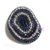 Loisir | Ασημένια καρφίτσα - μενταγιόν Loisir από επιπλατινωμένο ασήμι 925ο με ημιπολύτιμες πέτρες (Κρύσταλλοι Quartz). [06L01-00380]