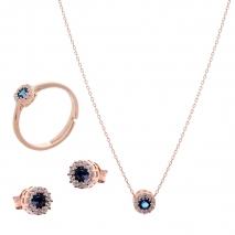 Σετ κοσμημάτων Prince Silvero (κολιέ, σκουλαρίκια και δαχτυλίδι) από ροζ επιχρυσωμένο ασήμι 925ο με ημιπολύτιμες πέτρες (ζιργκόν). JD-SE170M-R-SET