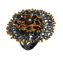 Χειροποίητο ασημένιο δαχτυλίδι Enigma με μαύρη και χρυσή επιμετάλλωση και ημιπολύτιμες πέτρες (πέρλες και ζιργκόν) Enigma-ER-07