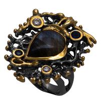 Χειροποίητο ασημένιο δαχτυλίδι Enigma με μαύρη και χρυσή επιμετάλλωση και ημιπολύτιμες πέτρες (λαμπραδορίτης και ζιργκόν) Enigma-ER-10