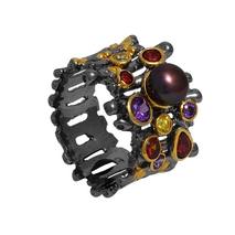 Χειροποίητο ασημένιο δαχτυλίδι Enigma με μαύρη και χρυσή επιμετάλλωση και ημιπολύτιμες πέτρες (πέρλες και ζιργκόν) Enigma-ER-12