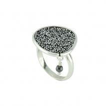Oxette δαχτυλίδι 04X01-03462 από επιπλατινωμένο ασήμι 925ο με ημιπολύτιμες πέτρες (Κρύσταλλοι Quartz).