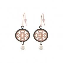 Loisir σκουλαρίκια 03L15-00140 από μαύρο και ροζ ορείχαλκο με ημιπολύτιμες πέτρες (Πέρλες και Κρύσταλλοι Quartz)