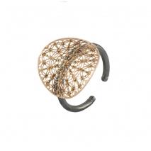 Loisir δαχτυλίδι 04L15-00140 από ροζ και μαύρο ορείχαλκο με ημιπολύτιμες πέτρες (κρύσταλλοι quartz)