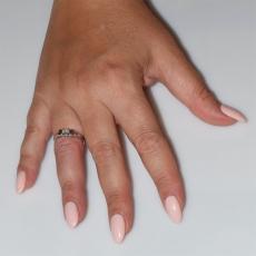 Χειροποίητο δαχτυλίδι μονόπετρο από επιπλατινωμένο ασήμι 925ο με ημιπολύτιμες πέτρες (ζιργκόν) IJ-010485-S φορεμένο στο χέρι