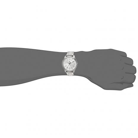 Tommy Hilfiger ρολόι από ανοξείδωτο ατσάλι με μπρασελέ 1781672 στο χέρι